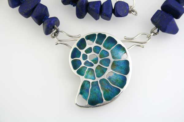 Ammonite-Fossil-with-Lapis-Lazuli-beads